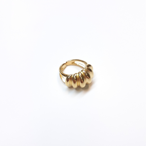 Δαχτυλίδι πομπέ